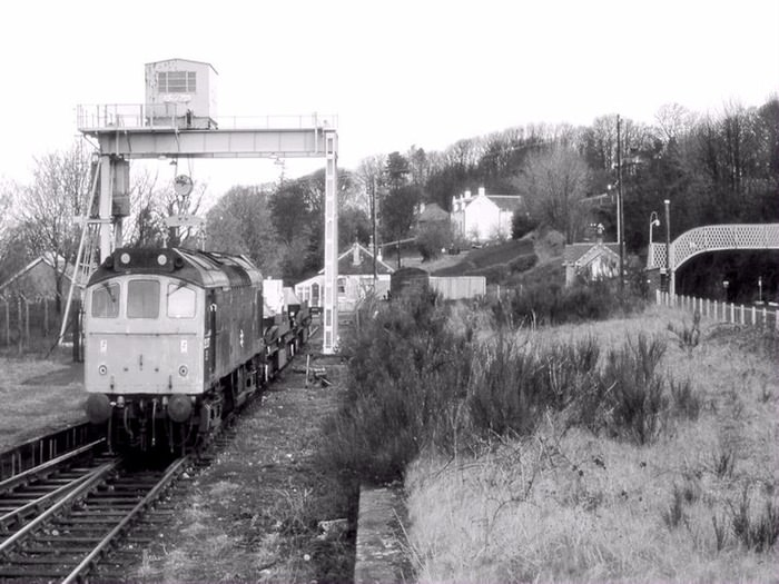 Nuclear Flask being loaded into train at Fairlie in 1984